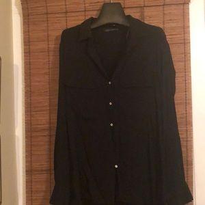 Long sleeve two pocket blouse